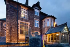 Applegarth Villa Hotel